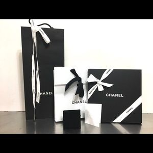 4pcs CHANEL gift bags, box and jewelry pouch case